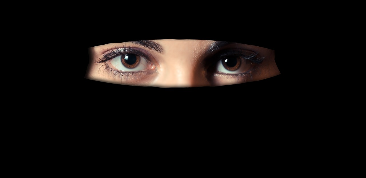 Face-Coverings and Testimony in Court
